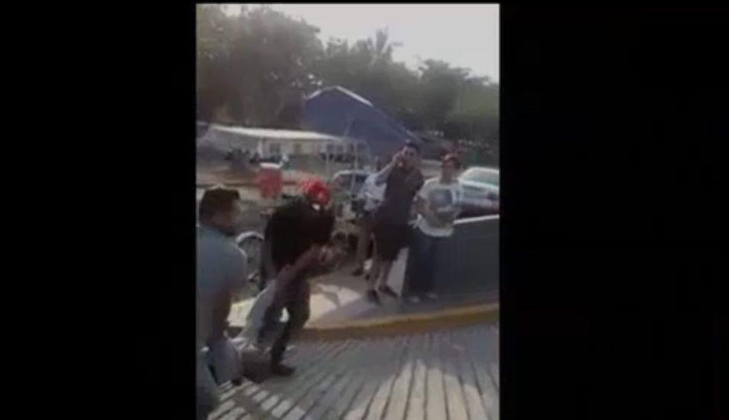 Balean al director del ISSSTE de Mazatlán