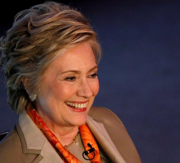 La ex secretaria de Estado de EU, Hillary Clinton, participa en el Almuerzo Internacional de Mujeres por Mujeres en New York (Reuters)