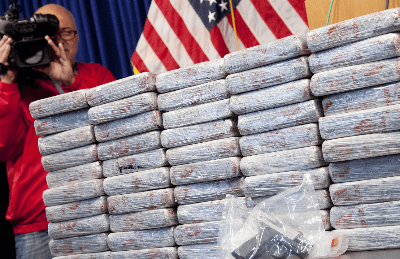 Fiscal General de EU pide sentencias más duras en lucha contra drogas