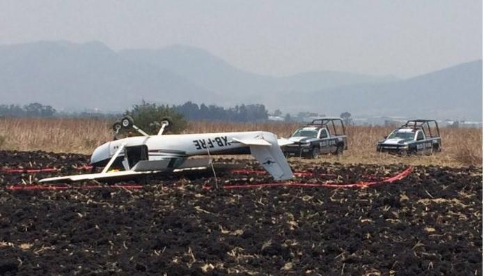 Una avioneta desplomó en Tlajomulco de Zúñiga, Jalisco. (lavozdgo.com)