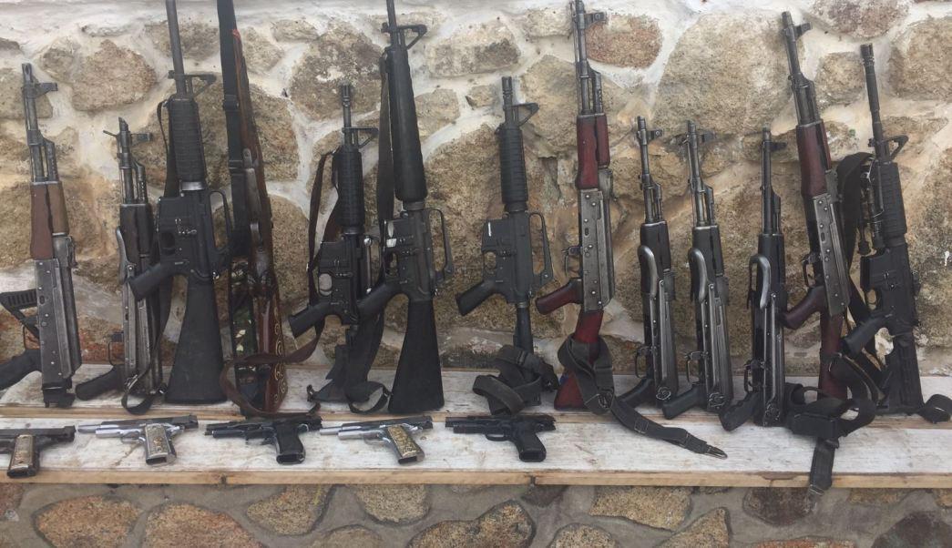 Armas decomisadas a integrantes de Los Viagras en Guerrero