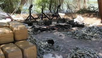 Drogas y armas decomisadas en Sinaloa