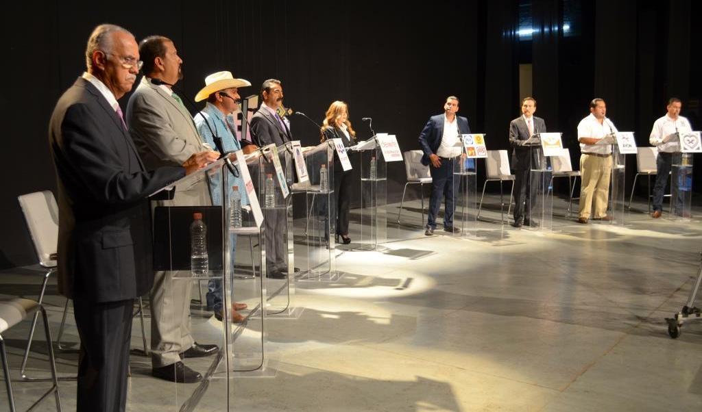 El debate fue organizado por el Instituto Estatal Electoral de Nayarit