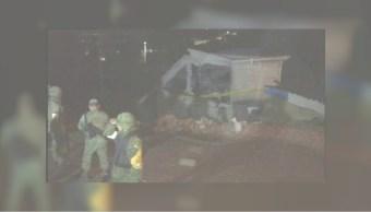 Militares vigilan la zona donde exploto un polvorin