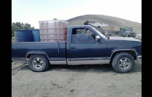 Aseguran más de 15 mil litros de combustible y 10 vehículos en Puebla. (Twitter @SSP_Puebla)
