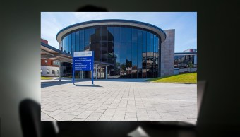 Fachada del hospital Blackpool ubicado en Londres. (http://archetech.org.uk)