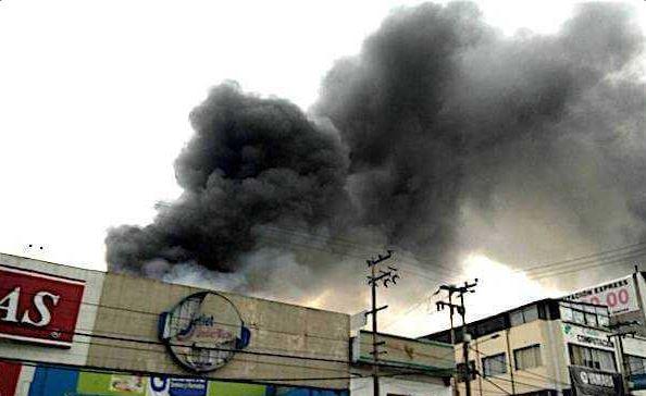 Incendio en Vía Morelos Ecatepec, Incendio en San Cristóbal Ecatepec, Incendio en Ecatepec, Bomberos, Ecatepec, Estado de México