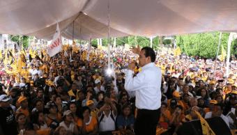 Juan Zepeda afirma que mejor Delfina decline por él