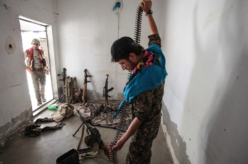 La Casa Blanca aprueba fondos para suministrar de armas a milicias kurdas en Siria (Getty Images)