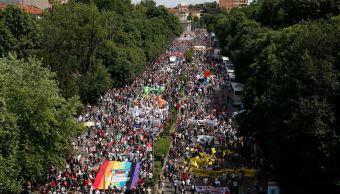 manifestación, milán, inmigrantes, marcha, apoyo