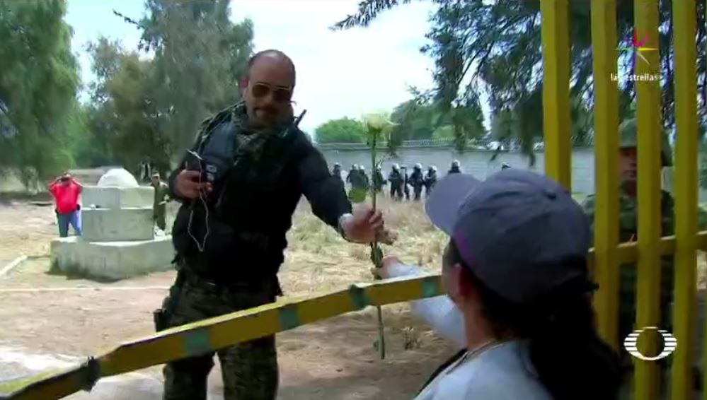 Palmarito, huachicoleros, gasolina robada, soldados, marcha por la paz, pemex