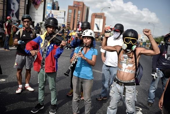 Venezuela, protestas, Maduro, crisis, Parlamento, símbolos,