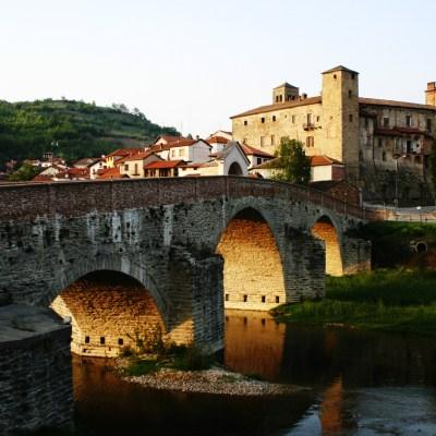 Ofrecen 2000 euros mudarse italia