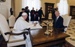 Papa Francisco, Donald Trump, Vaticano, estados unidos, reunión privada, italia