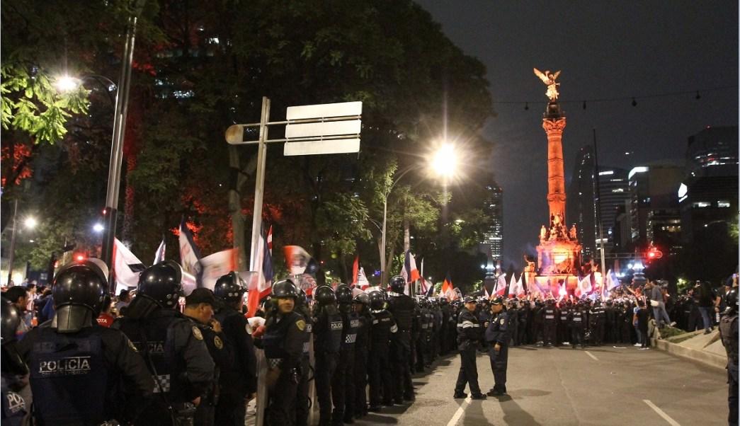 Paseo de la Reforma y el Angel son resguardados por policias