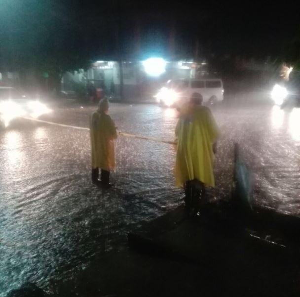 Proteccion civil de Chiapas auxilia a la poblacion