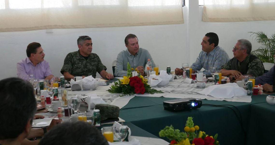 Durango y Sinaloa acuerdan acciones para reforzar seguridad