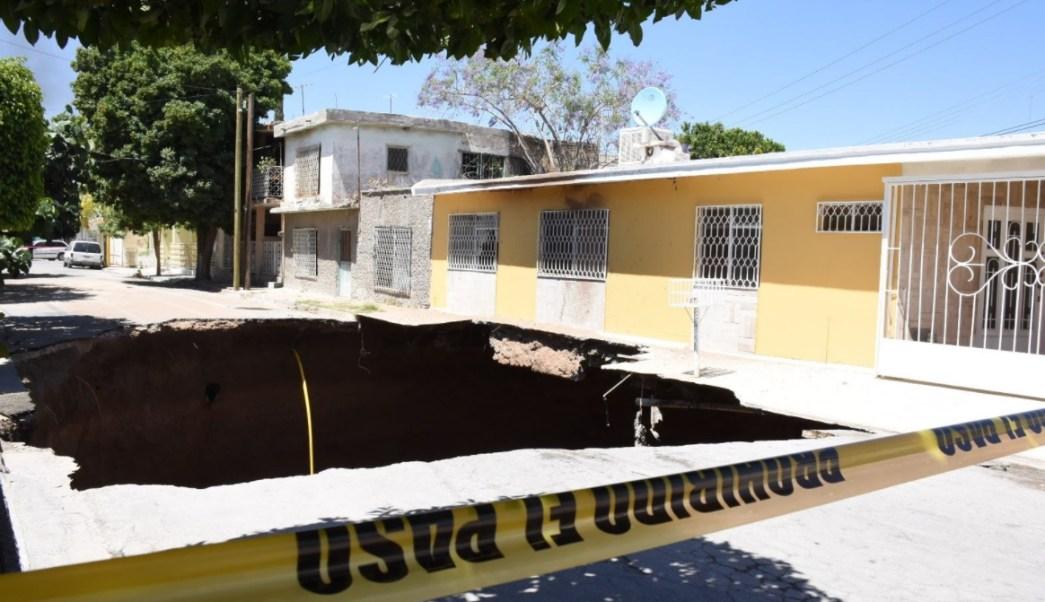 Autoridades de Protección Civil emiten Declaratoria de Emergencia para Gómez Palacio, Durango, por la presencia de hundimiento. (Twitter: @contextodgo/Archivo)