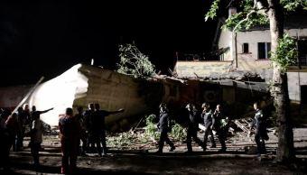 Tren, muertos, heridos, descarrilamiento, grecia, rescatistas
