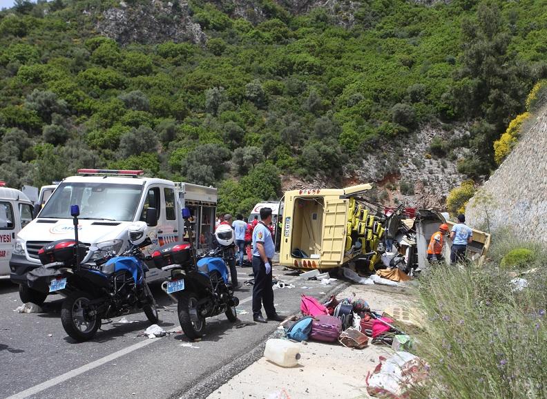Un autobús turístico se estrelló cerca de la ciudad de Marmaris, Turquía (Reuters)