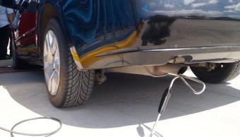 Auto es verficado en la Ciudad de Mexico