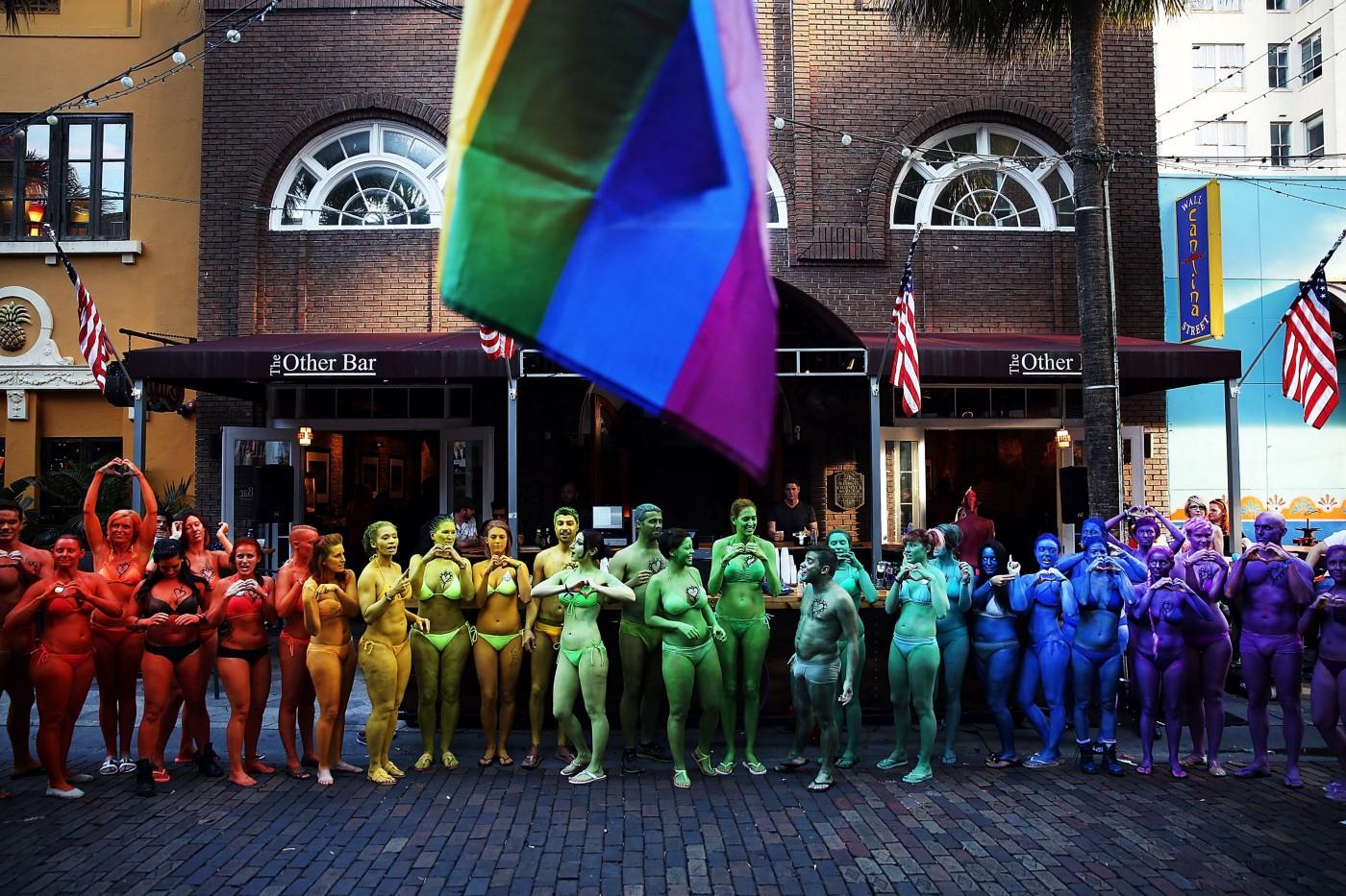 Manifestación Comunidad LGBT Día Bisexualidad