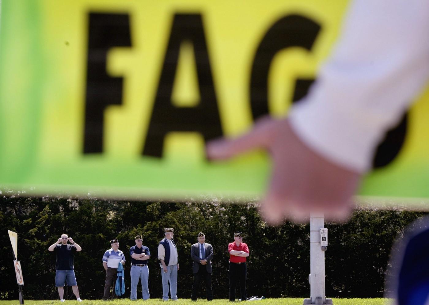 Acto Discriminación Cominidad LGBT Bisexualidad