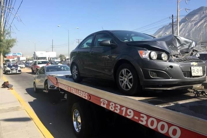 20 vehiculos chocan en san pedro graza