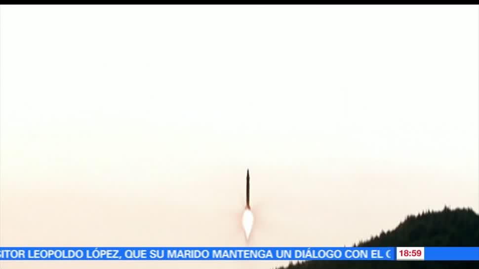 Corea del Norte, lanza, varios, lanzamientos, misiles, balísticos