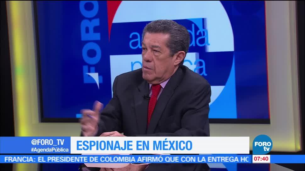 Rafael Cardona, Espionaje, contra periodistas