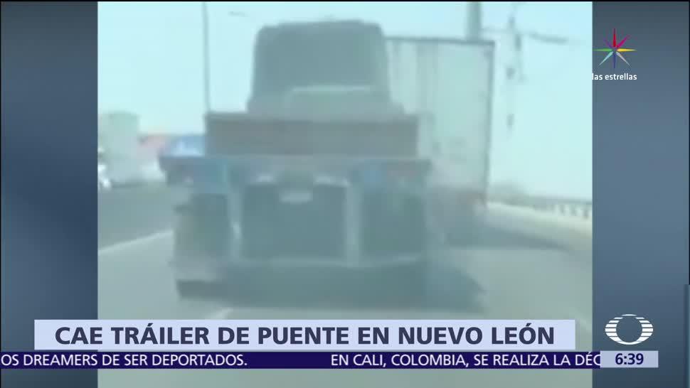 noticias, televisa, Tráiler, choca, cae desde un paso a desnivel, Nuevo León