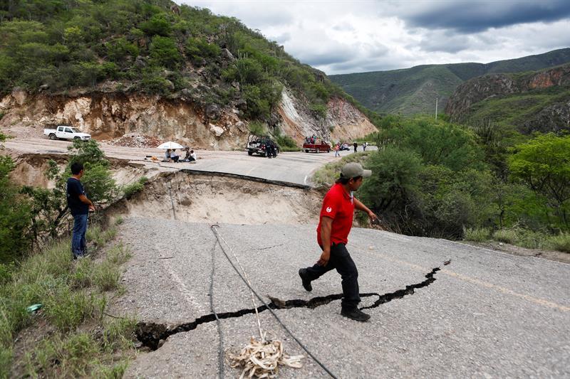Daños en Oaxaca por el paso de Beatriz , lluvias oaxaca