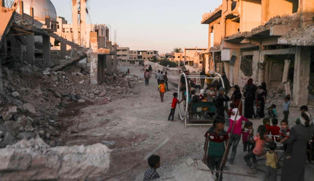niños, ataques aéreos., siria, fuego cruzado, refugiados