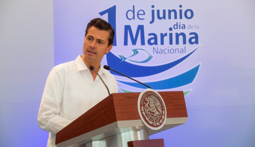 El Presidente Enrique Peña Nieto encabezó la celebración del Día de la Marina Nacional