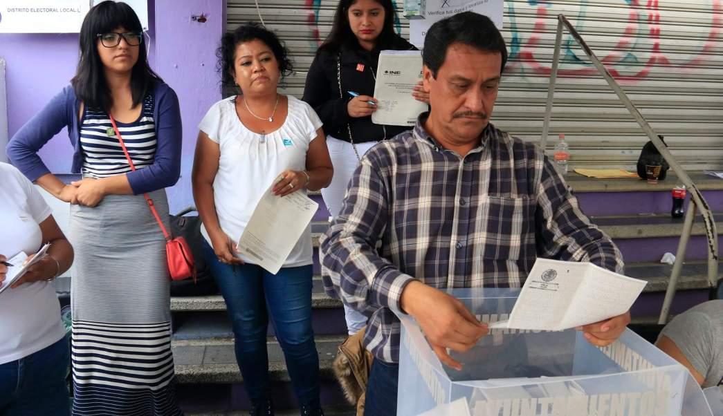 El clima en la capital del estado favoreció para que los electores acudieran a las urnas (Notimex)