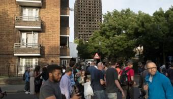 Alcalde de Londres pide a May explicar ayuda a victimas