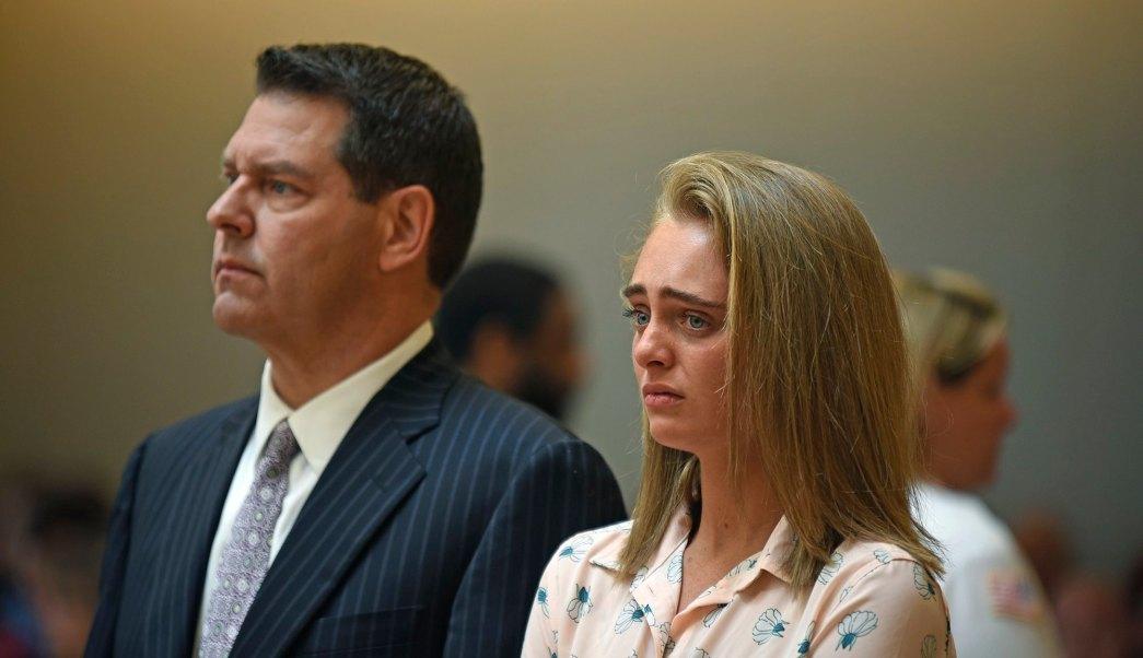 Culpable por homicidio involuntario por incitar a novio a suicidarse