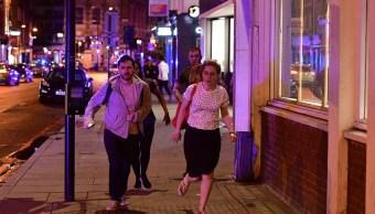 Reportan 2 personas apuñaladas en restaurante cercano al Puente de Londres