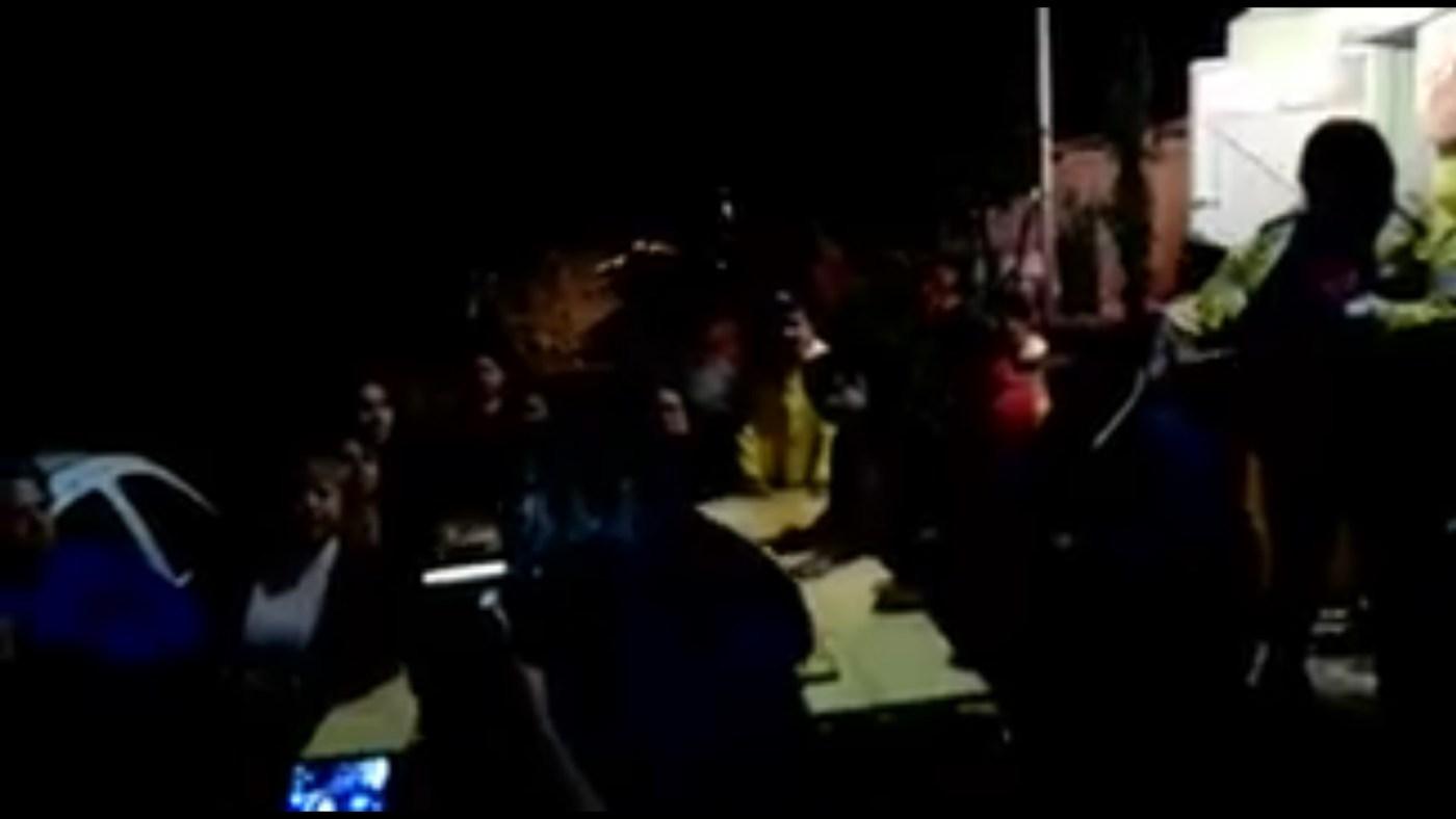 Autoridades en Iztapalapa atienden desgajamiento de cerro