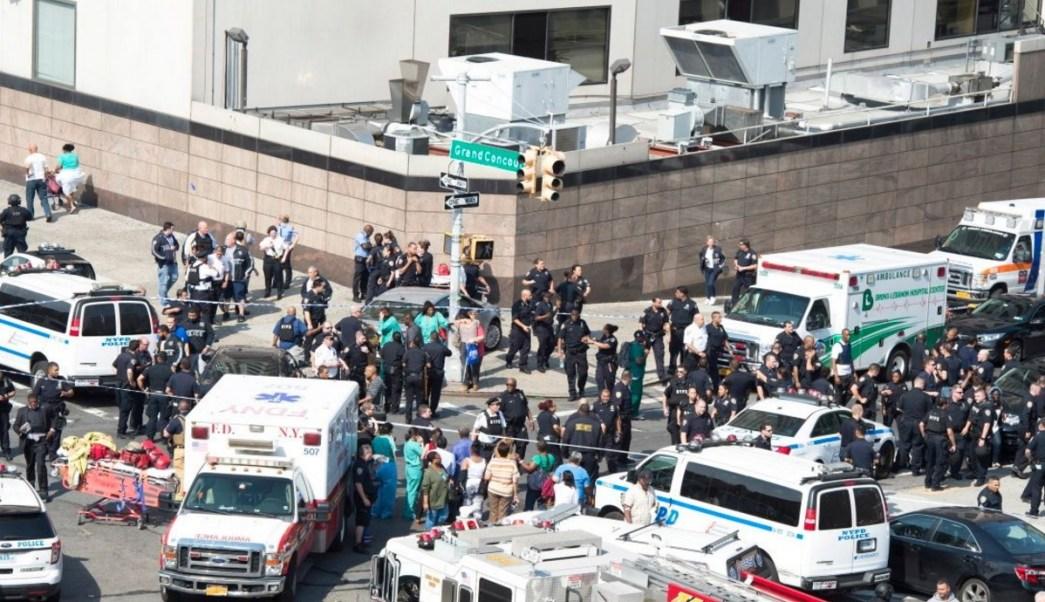 Murió el agresor del tiroteo en un hospital de Bronx. (Twitter: @NYDailyNews)
