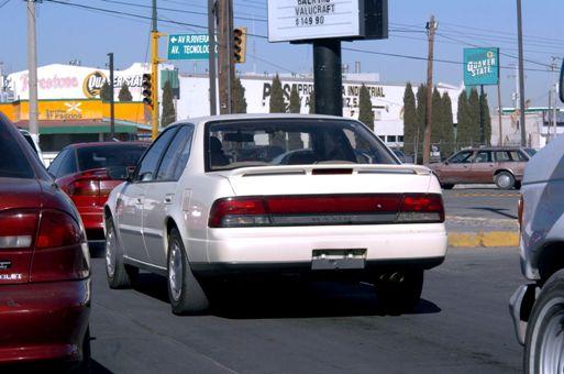 decomisan autos que circulan sin placas en chihuahua