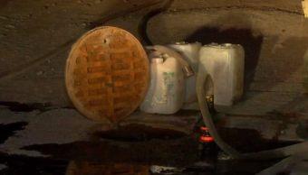 desalojan viviendas de Zapopan por olor a combustible en las alcantarillas
