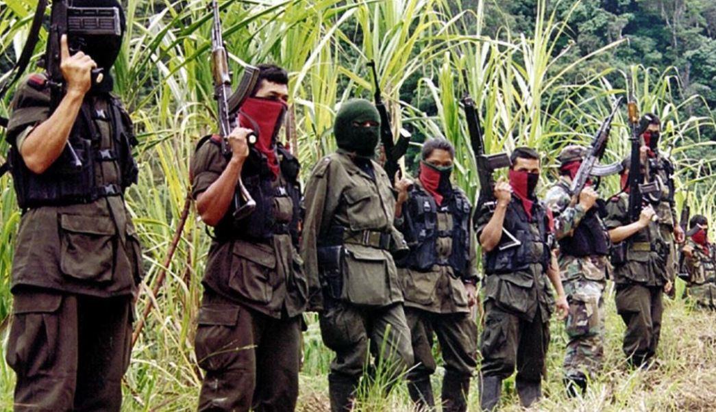 La Guerrilla Del Ejercito De Liberacion Nacional, Libera Periodistas Holandeses, Colombia Guerrilla, Secuestrados, Selvatica Region Del Catatumbo, RCN Television, Televisa, Noticieros, Televisa News