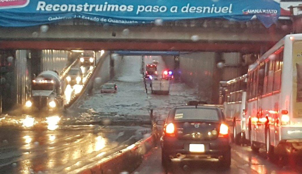 Clima, encharcamiento, León, Guanajuato, Protección Civil, Dora, onda tropical