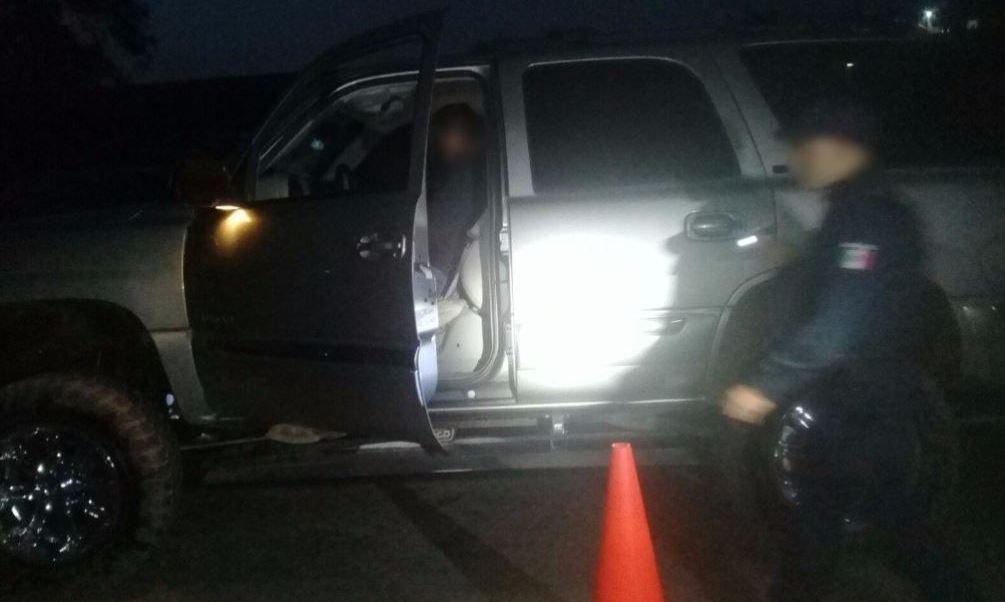 hombre dispara contra elementos de la policia michoacan