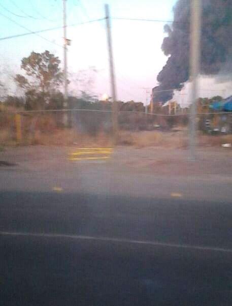 Incendio de fabrica en León, Guanajuato (Noticieros Televisa)