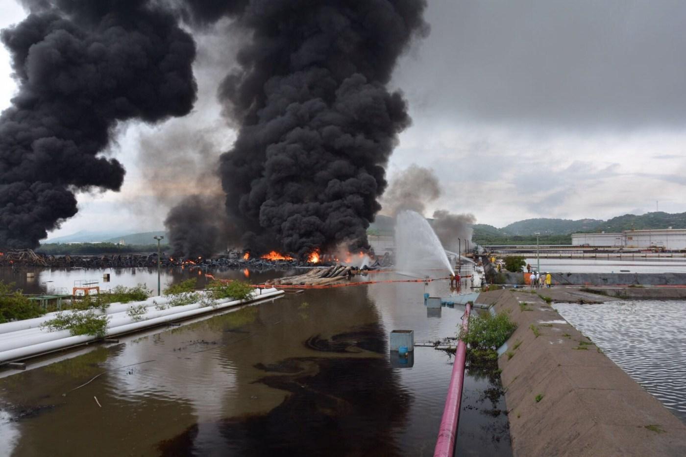 Incendio en refinería de Salina Cruz, Oaxaca