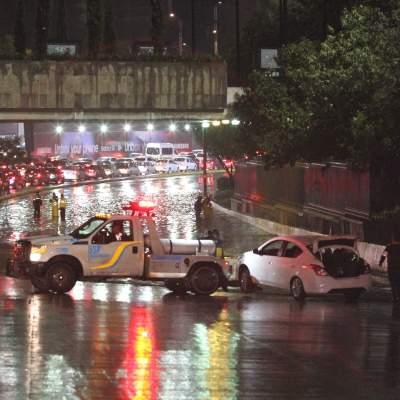 ¿Qué hacer si tu auto queda atrapado en una inundación?