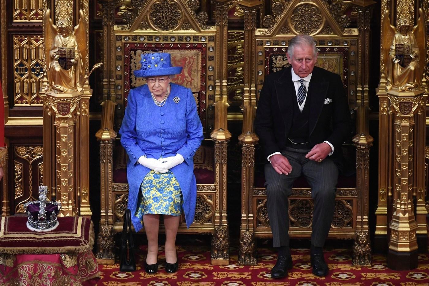 Isabel II detalla programa legislativo dominado por el Brexit