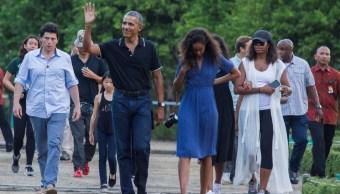 La familia Obama disfruta de unas vacaciones en Indonesia